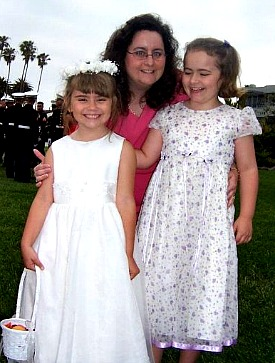 Marcie and the girls in 2006 shortly before the accident.